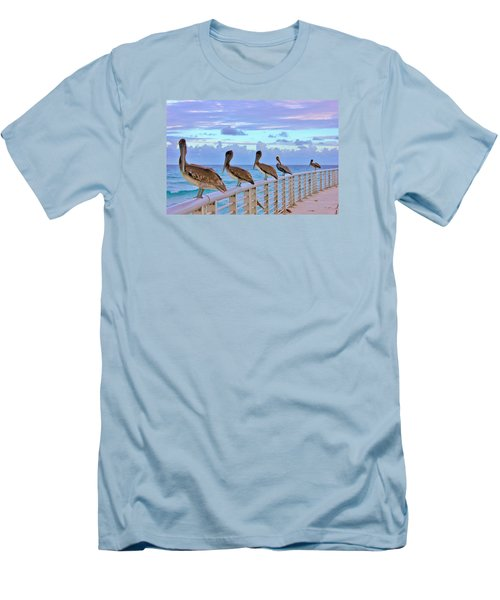 Watching The Ocean Men's T-Shirt (Athletic Fit)