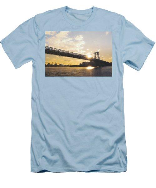 Williamsburg Bridge - Sunset - New York City Men's T-Shirt (Athletic Fit)