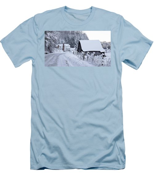 Winter In Virginia Men's T-Shirt (Athletic Fit)