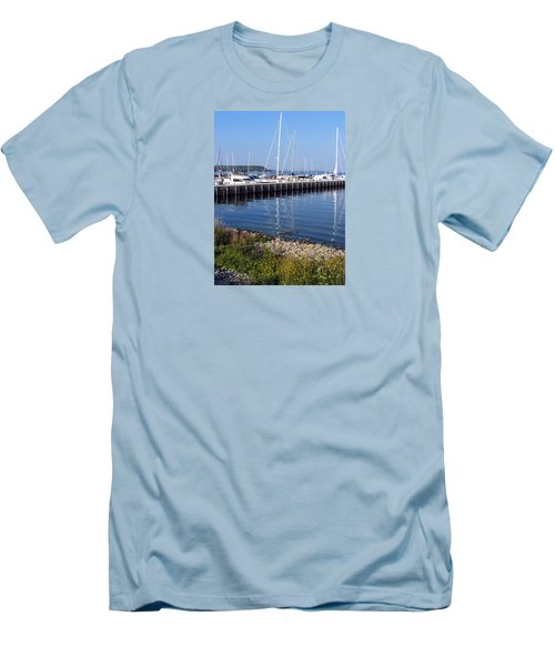 Yachtworks Marina Sister Bay Men's T-Shirt (Slim Fit) by David T Wilkinson