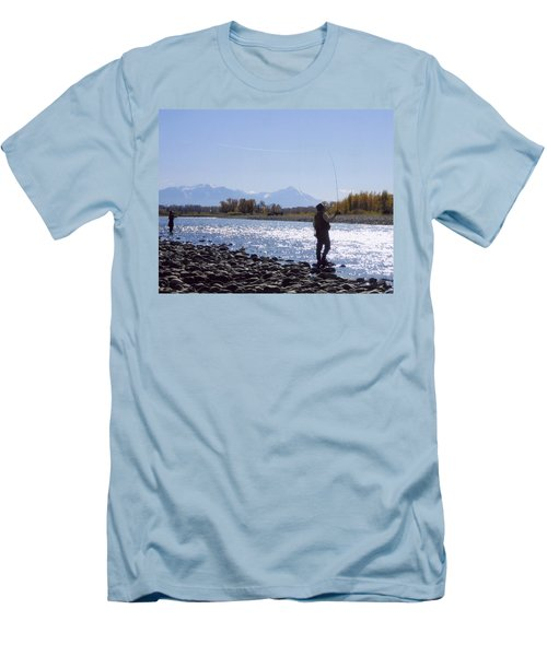 Yellowstone River Fly Fishing Men's T-Shirt (Athletic Fit)