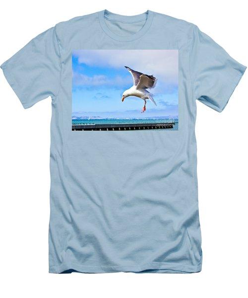 Final Approach - San Francisco Men's T-Shirt (Athletic Fit)