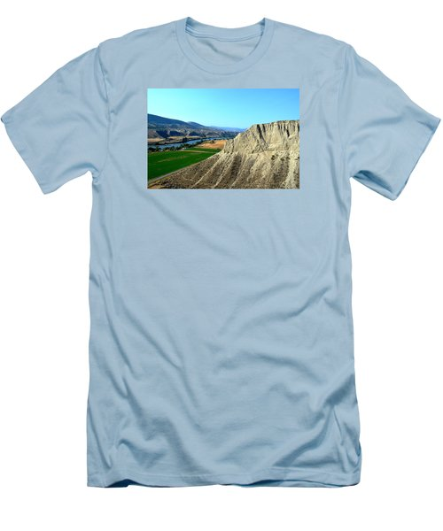 Kamloops British Columbia Men's T-Shirt (Athletic Fit)