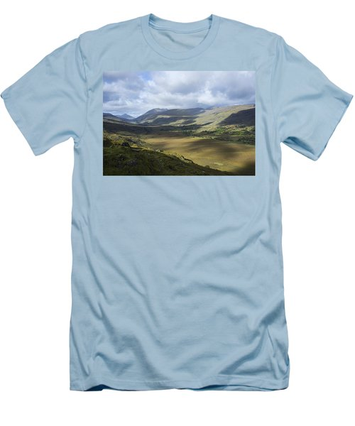 Men's T-Shirt (Slim Fit) featuring the photograph Ring Of Dingle by Hugh Smith