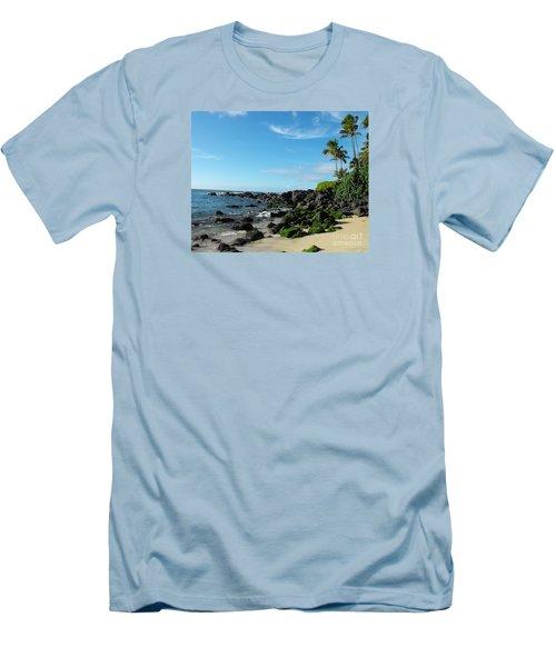Turtle Beach Oahu Hawaii Men's T-Shirt (Athletic Fit)