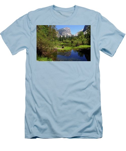 @ Yosemite Men's T-Shirt (Athletic Fit)