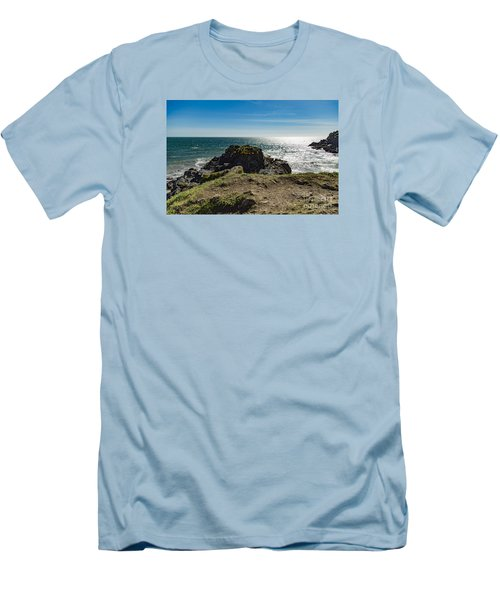 Cadgwith Cove Men's T-Shirt (Slim Fit) by Brian Roscorla