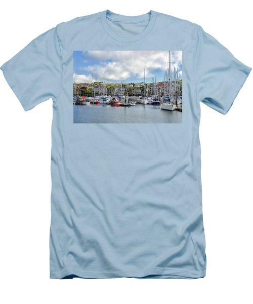 Kinsale Harbor  Men's T-Shirt (Athletic Fit)