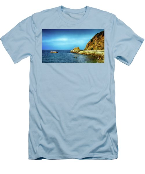 Lovers Cove Men's T-Shirt (Athletic Fit)