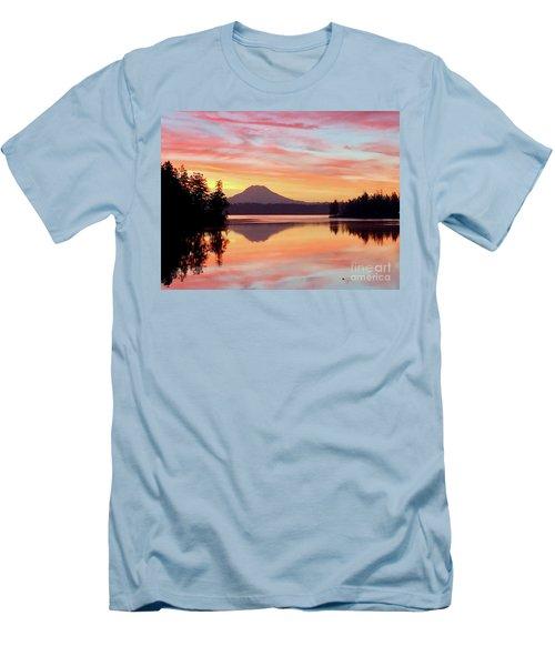 Mount Rainier Dawn Men's T-Shirt (Athletic Fit)