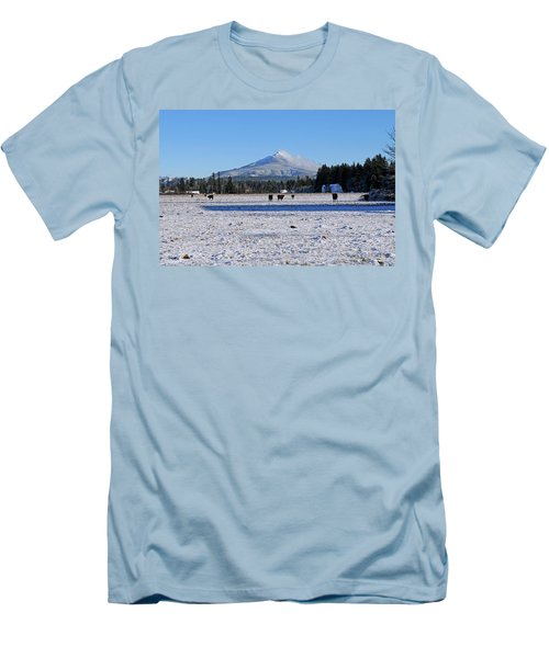 Mt. Pilchuck Men's T-Shirt (Athletic Fit)