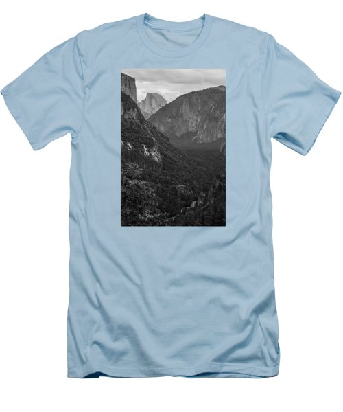 Tunnel View Men's T-Shirt (Athletic Fit)