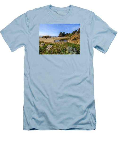 Pacific Coast Highway Men's T-Shirt (Athletic Fit)