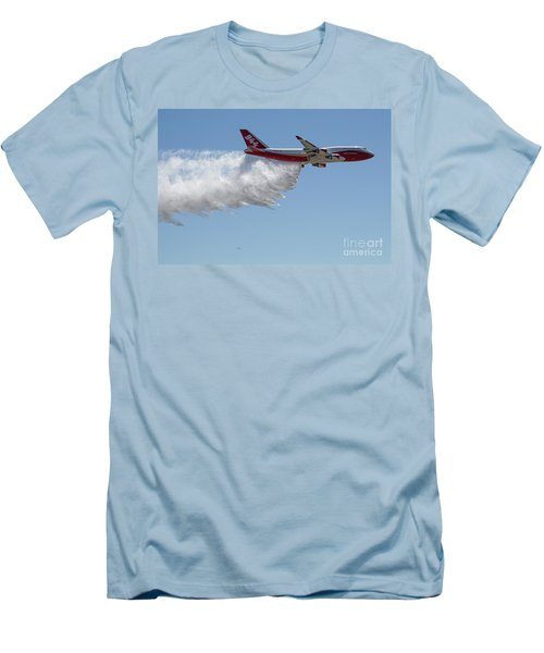 747 Supertanker Drop Men's T-Shirt (Athletic Fit)