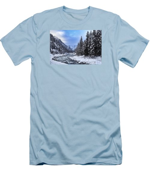 A Cold Winter Day  Men's T-Shirt (Athletic Fit)