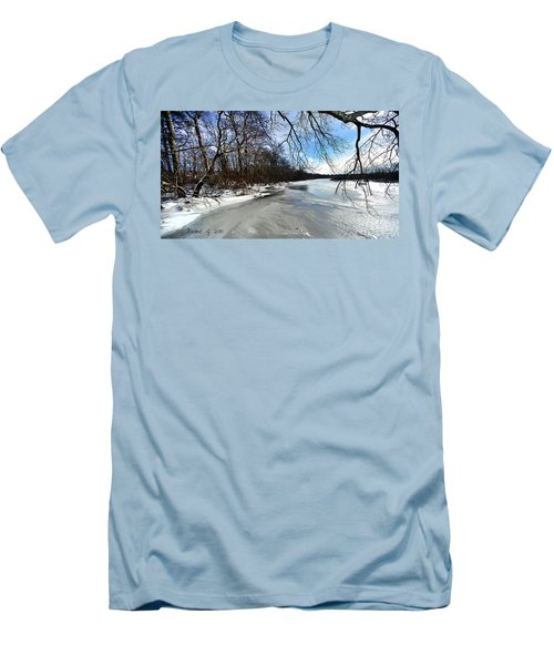 A Winters Day Men's T-Shirt (Athletic Fit)