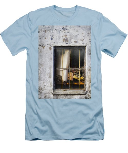 Abandoned Remnants Ala Grunge Men's T-Shirt (Athletic Fit)