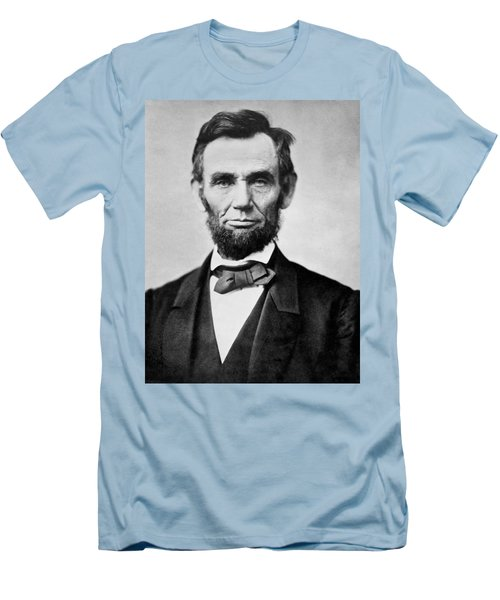 Abraham Lincoln -  Portrait Men's T-Shirt (Athletic Fit)