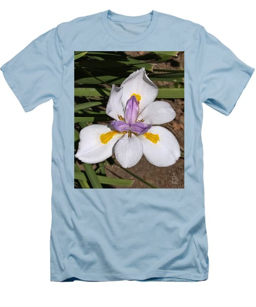 Men's T-Shirt (Slim Fit) featuring the photograph Another Lily by Daniel Hebard