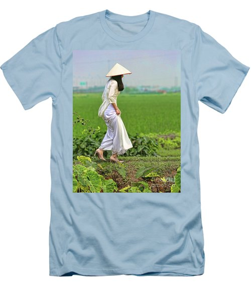 Ao Dai II Men's T-Shirt (Athletic Fit)