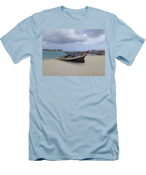 Aruba Beach Men's T-Shirt (Athletic Fit)