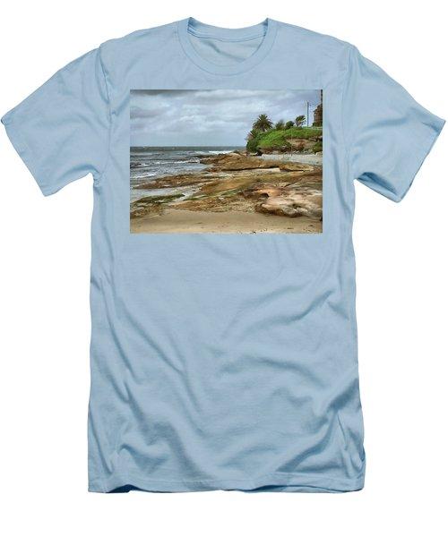 Australian Coast Men's T-Shirt (Athletic Fit)