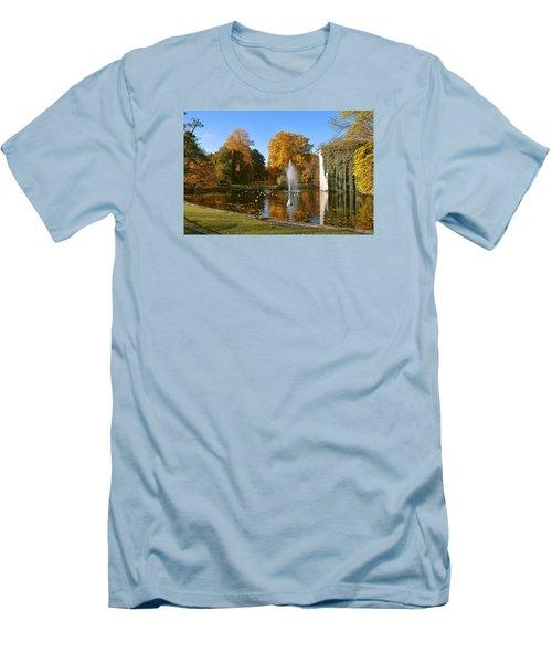 Autumn At The City Park Pond Maastricht Men's T-Shirt (Slim Fit)