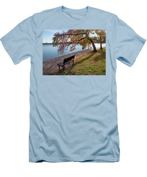 Autumn Leaves In Dc Men's T-Shirt (Athletic Fit)