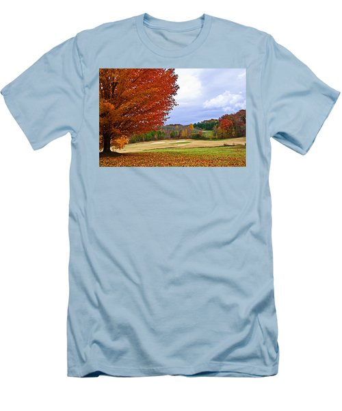 Autumn On The Golf Course Men's T-Shirt (Athletic Fit)