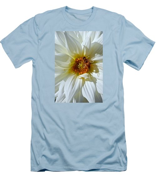 Bee Nice Dahlia  Men's T-Shirt (Athletic Fit)