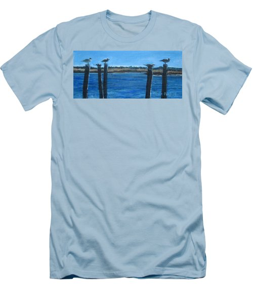 Bivalve Seagulls Men's T-Shirt (Athletic Fit)