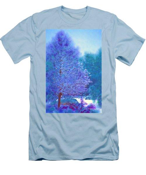 Blue Snow Scene Men's T-Shirt (Athletic Fit)