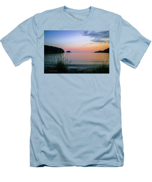 Bowman Bay Men's T-Shirt (Athletic Fit)