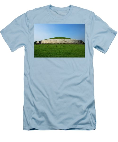 Burial Mound Men's T-Shirt (Athletic Fit)