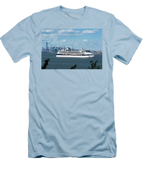 Celebrity Summit Men's T-Shirt (Slim Fit) by Kenneth Cole