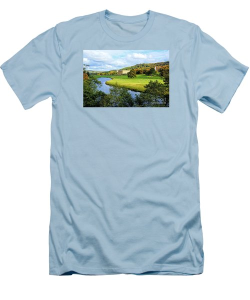 Chatsworth House View Men's T-Shirt (Athletic Fit)