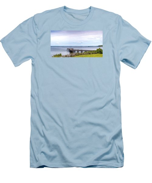 Chesapeake Bay Maryland Panorama Men's T-Shirt (Athletic Fit)