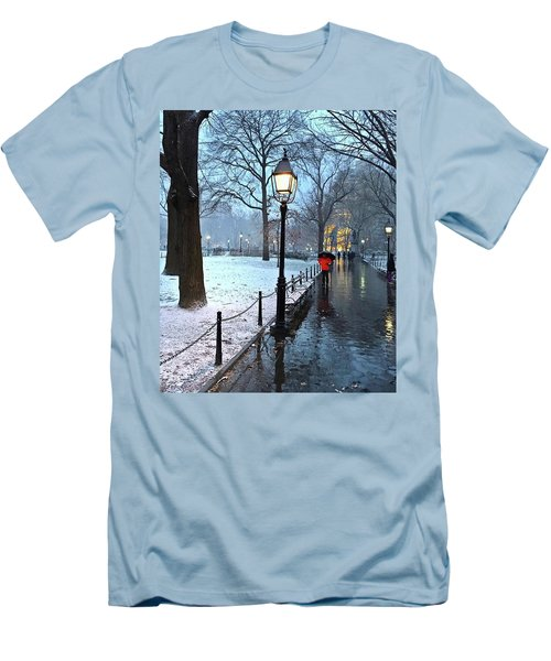 Christmas In Central Park Men's T-Shirt (Athletic Fit)