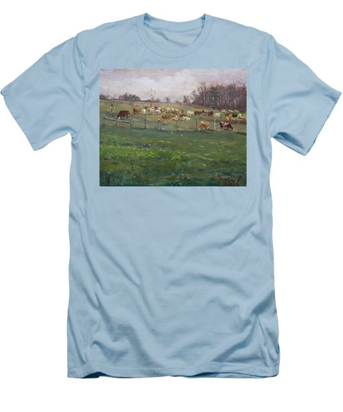 Cows In A Farm, Georgetown  Men's T-Shirt (Athletic Fit)