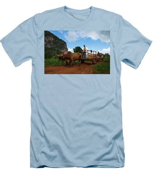 Cuban Worker II Men's T-Shirt (Athletic Fit)