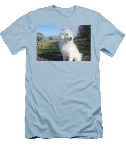 Men's T-Shirt (Slim Fit) featuring the photograph Daisy by David Grant