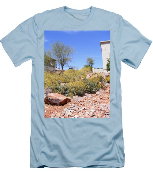 Desert Yard Men's T-Shirt (Athletic Fit)