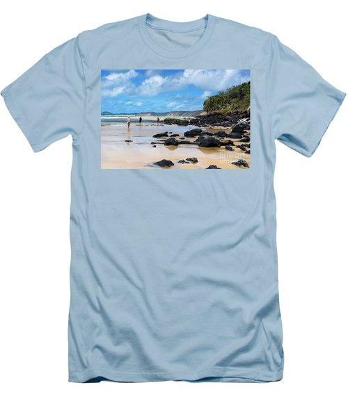 Double Island Point  Men's T-Shirt (Athletic Fit)