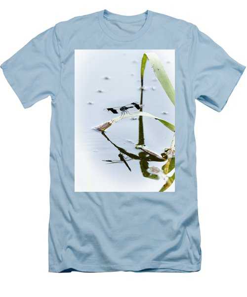 Dragon Fly Men's T-Shirt (Athletic Fit)