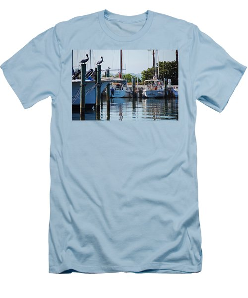 Duneden Fl. Men's T-Shirt (Athletic Fit)