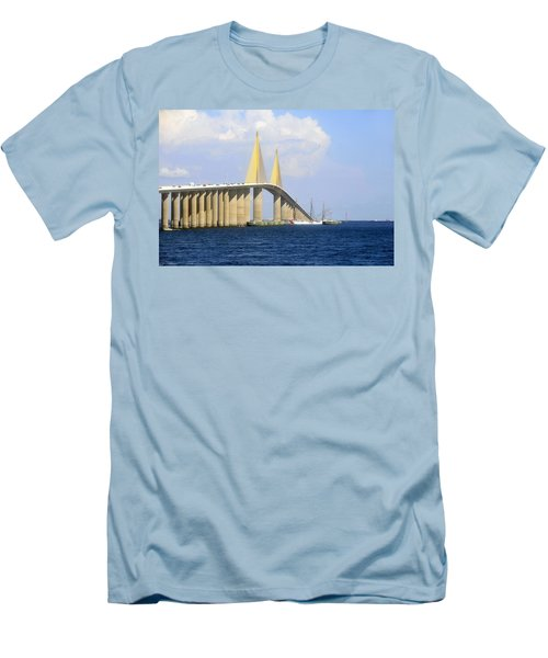 Eagle Under The Sunshine Men's T-Shirt (Athletic Fit)