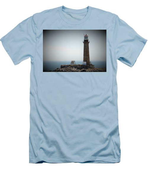 East Coast Lighthouse Men's T-Shirt (Athletic Fit)