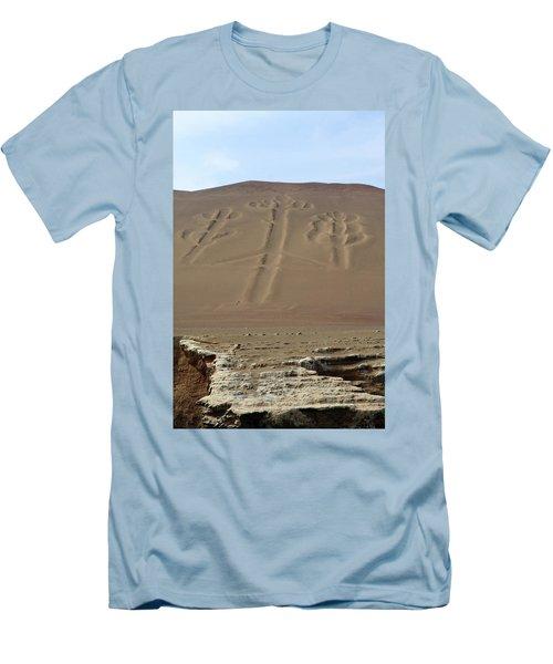 El Candelabro Men's T-Shirt (Slim Fit) by Aidan Moran