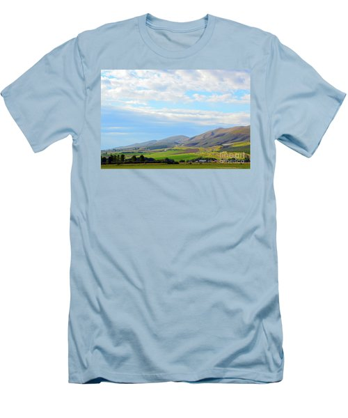 Ellensburg - Manastash Ridge Men's T-Shirt (Athletic Fit)