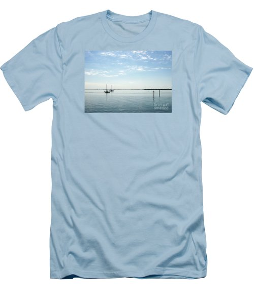 Fishing Buddies Men's T-Shirt (Athletic Fit)